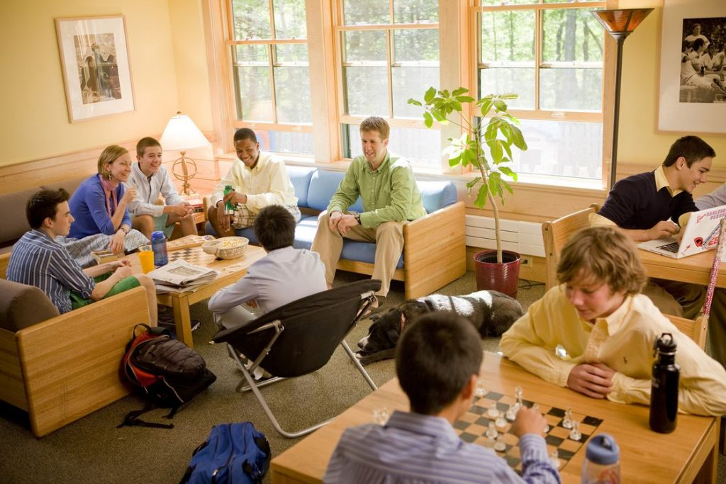 eaglebrook school 1uYolY 1024x683 - How to Make the Best Out of Your Boarding House Life